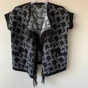 Jessica Simpson tribal fringe open cardigan size S